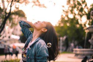 Como liberar la carga emocional